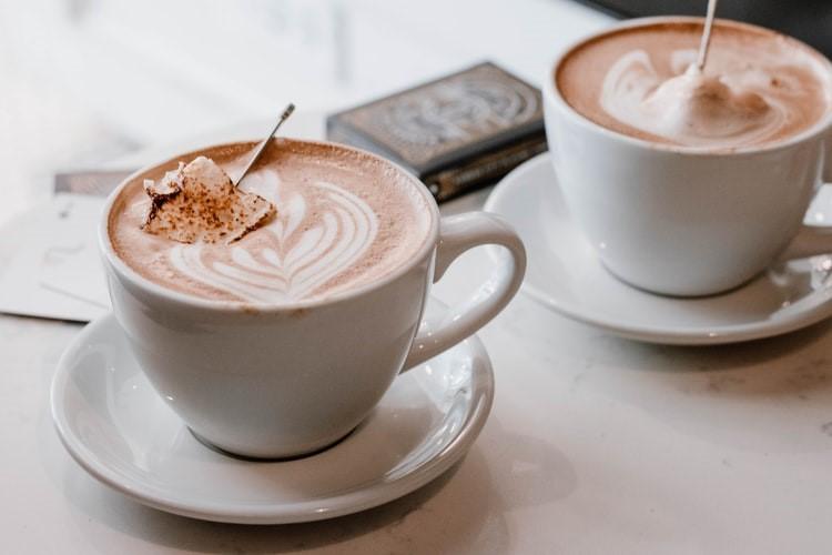 Wat kan je het beste drinken met warm weer?